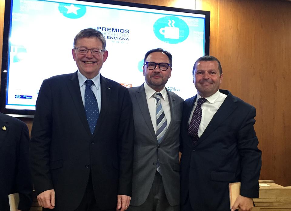 Premio a Óscar Carrión de Gastrouniversia por la FEHV